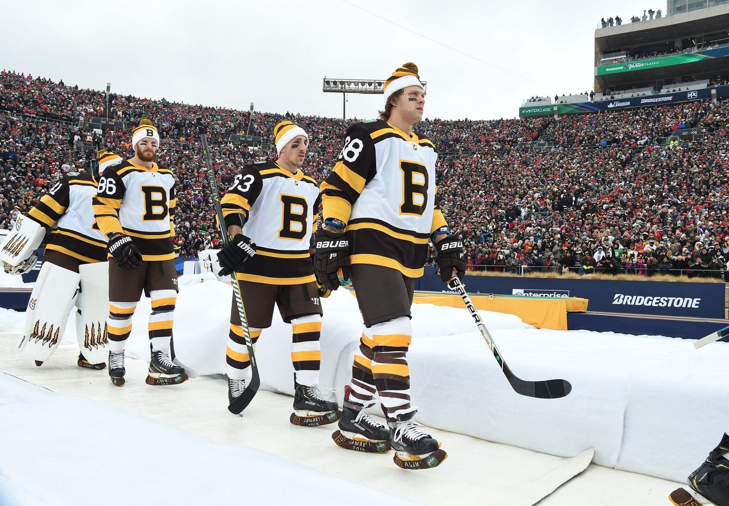 san francisco ec0a4 8284c Heading out for Period 2, 2019 NHL Winter Classic. Pastrnak ...
