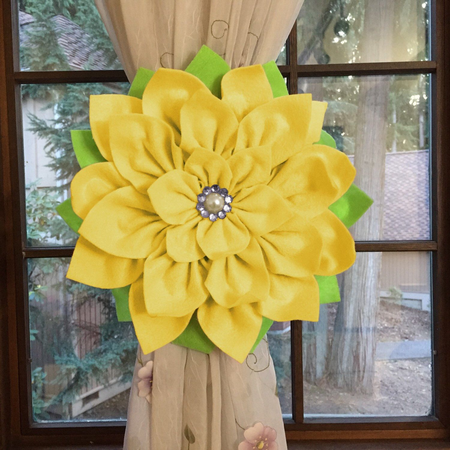 How About This Lovely Yellow Flower Curtain Holdback Totally New