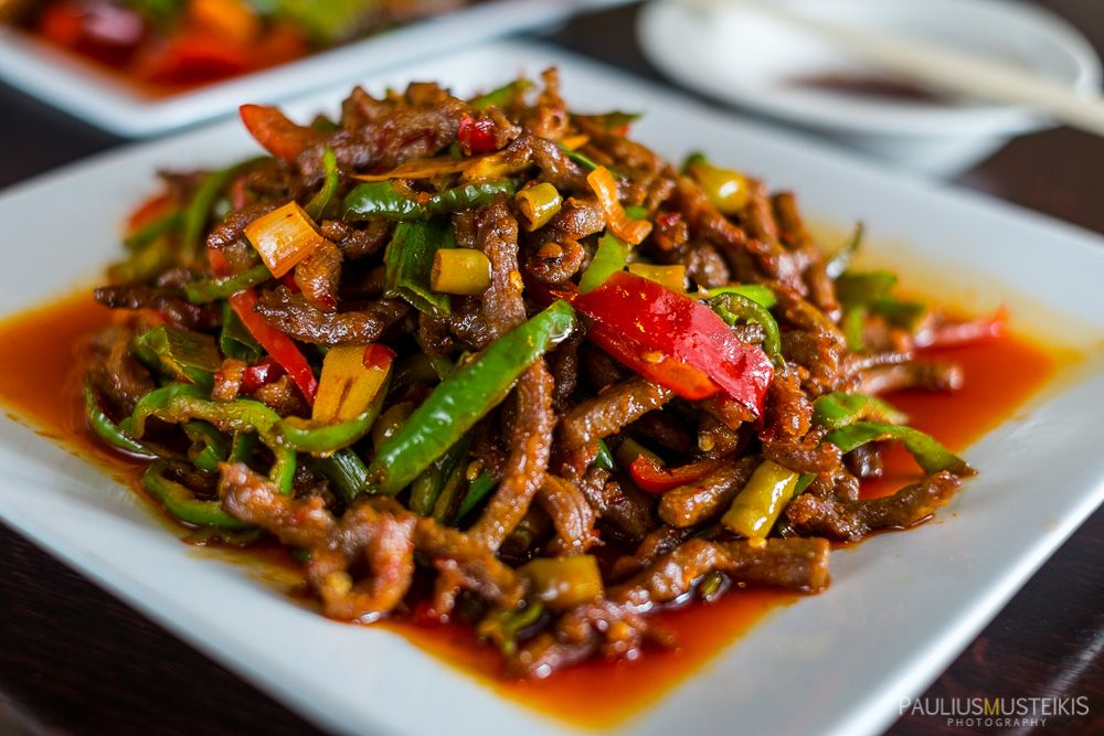 Delicious Fried Shredded Beef In Chili Sauce Isthmus Dining Magazine Assignment Editorial Food Photography Blog Food Photographing Food Food Photography