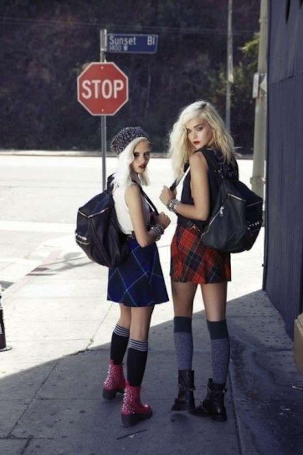 fdfa215fbd076 Moda años 90  ropa y accesorios de moda  fotos de los looks - Looks cuadros  grunge