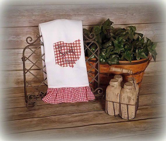 Good Last Minute Wedding Gifts: Country Kitchen Towel