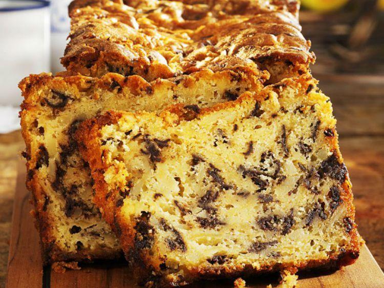 Cake aux pommes et au chocolat recette en 2019 cake - Recettes de cuisine femme actuelle ...