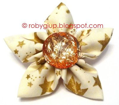 RobyGiup Handmade: Fabric star to decorate the Christmas tree or presents packaging - Stella di stoffa per decorare l'albero di Natale oppure i pacchetti regalo