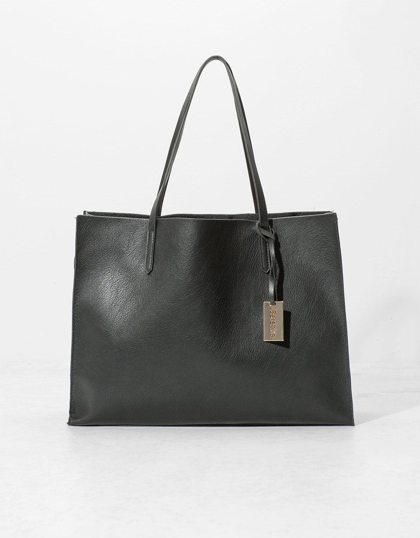 Shopper Bag With Pendant Null Bershka United Kingdom Shopper Tasche Taschen