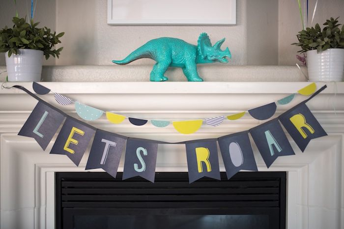 Hear the rumble and feel the roar as this Modern Dinosaur Birthday Party comes crashing through the door! & Let\u0027s Roar banner from a Modern Dinosaur Birthday Party on Kara\u0027s ... Pezcame.Com