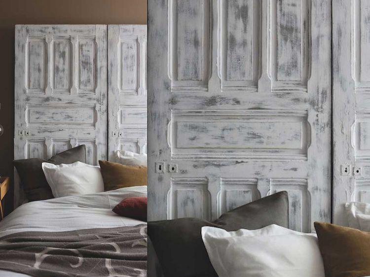 Peinture  une tête de lit en bois patiné avec une porte Furniture - peindre un lit en bois