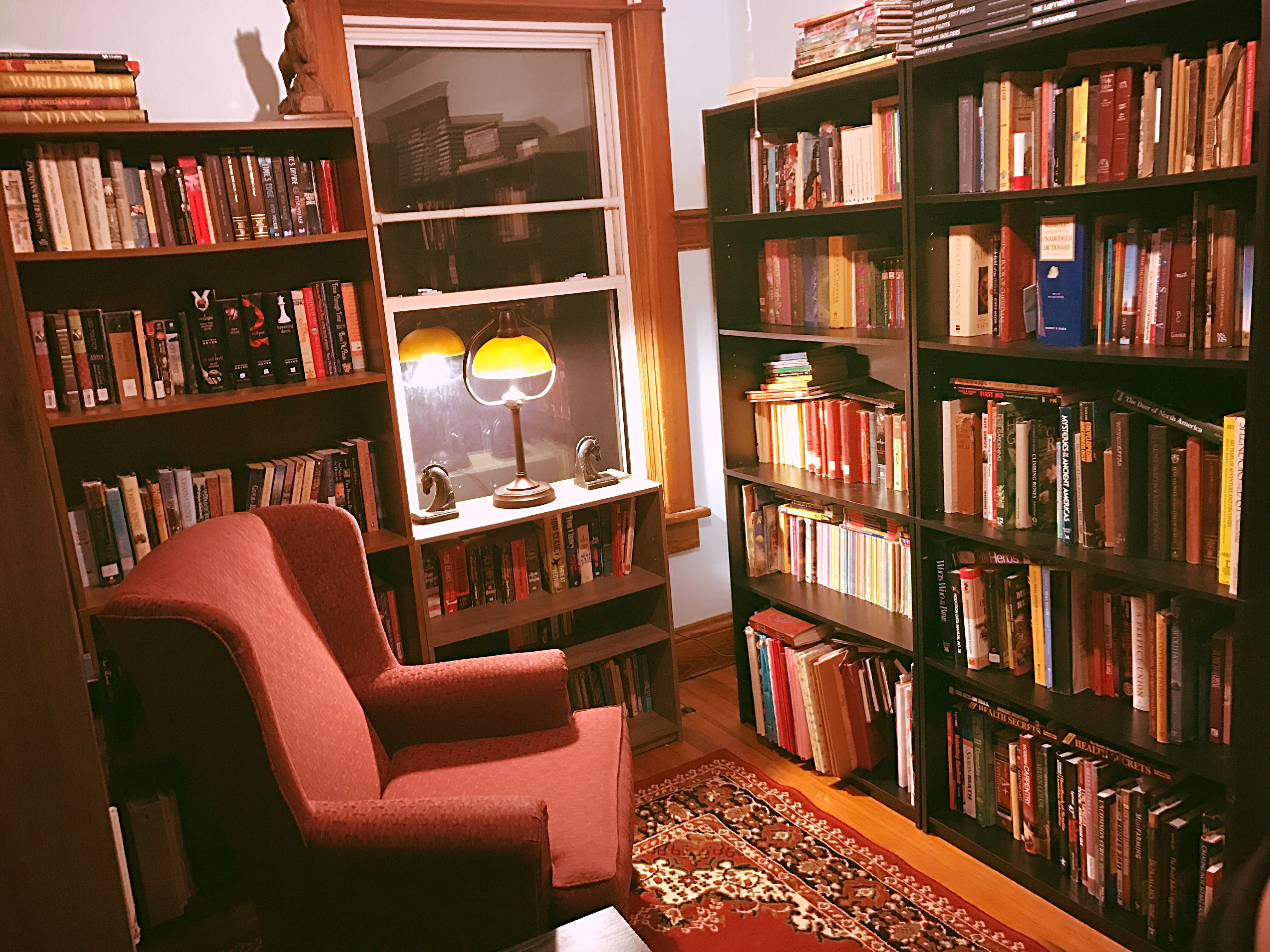 My home library, Inexpensive library, easy library, Small ...