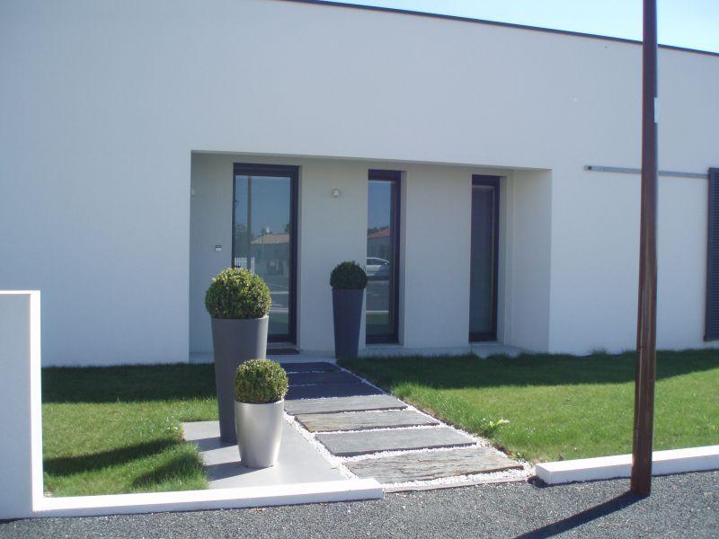 modele maison vitre verticale recherche google maison pinterest carreaux de fen tre. Black Bedroom Furniture Sets. Home Design Ideas