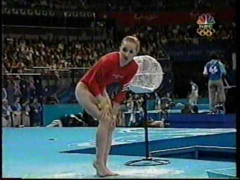 Kristen Maloney - Famous Crash on Vault - 2000 Sydney Olympics Women's Gymnastics Prelims