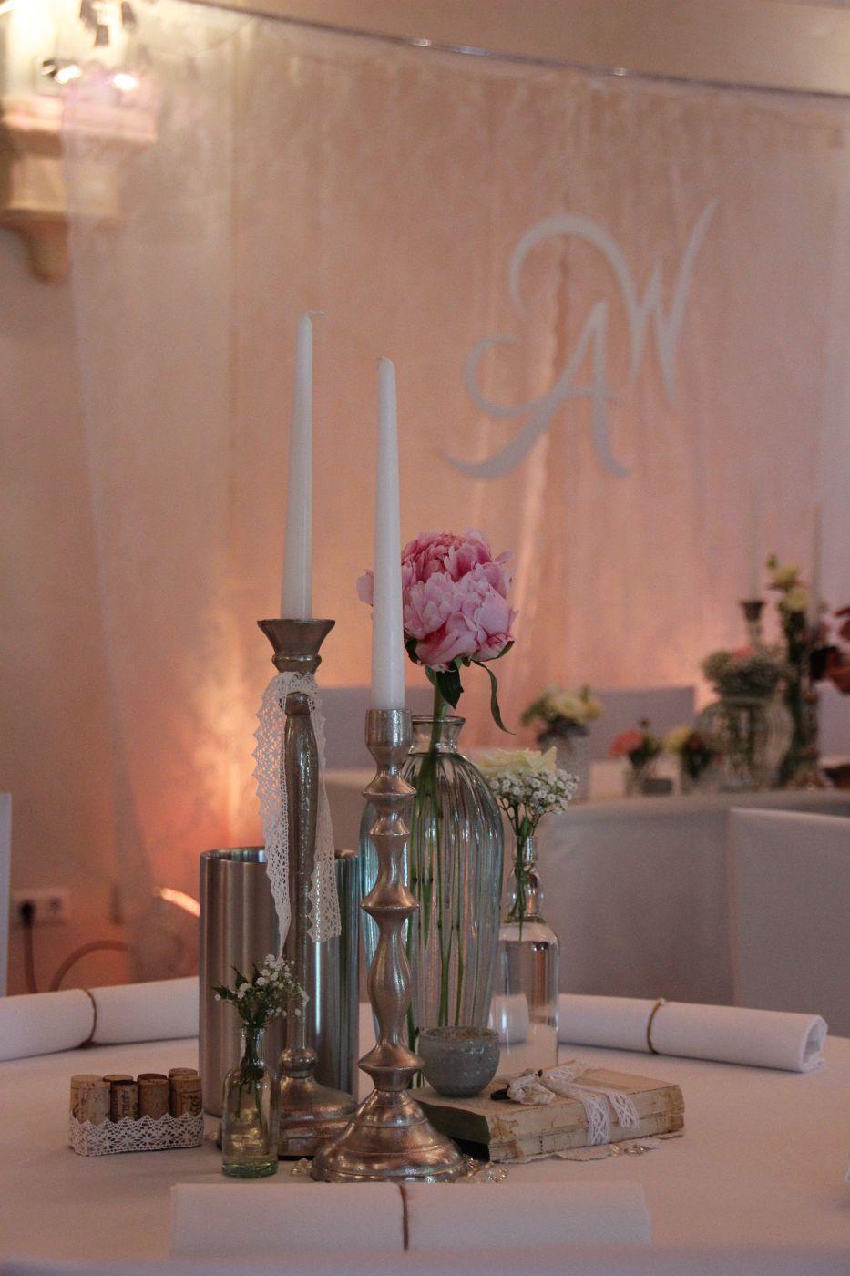 ♥♥♥ Vintage Hochzeit & Kerzenständer http://www.weddstyle.de/kerzenstaender-mieten.html #weddstyle