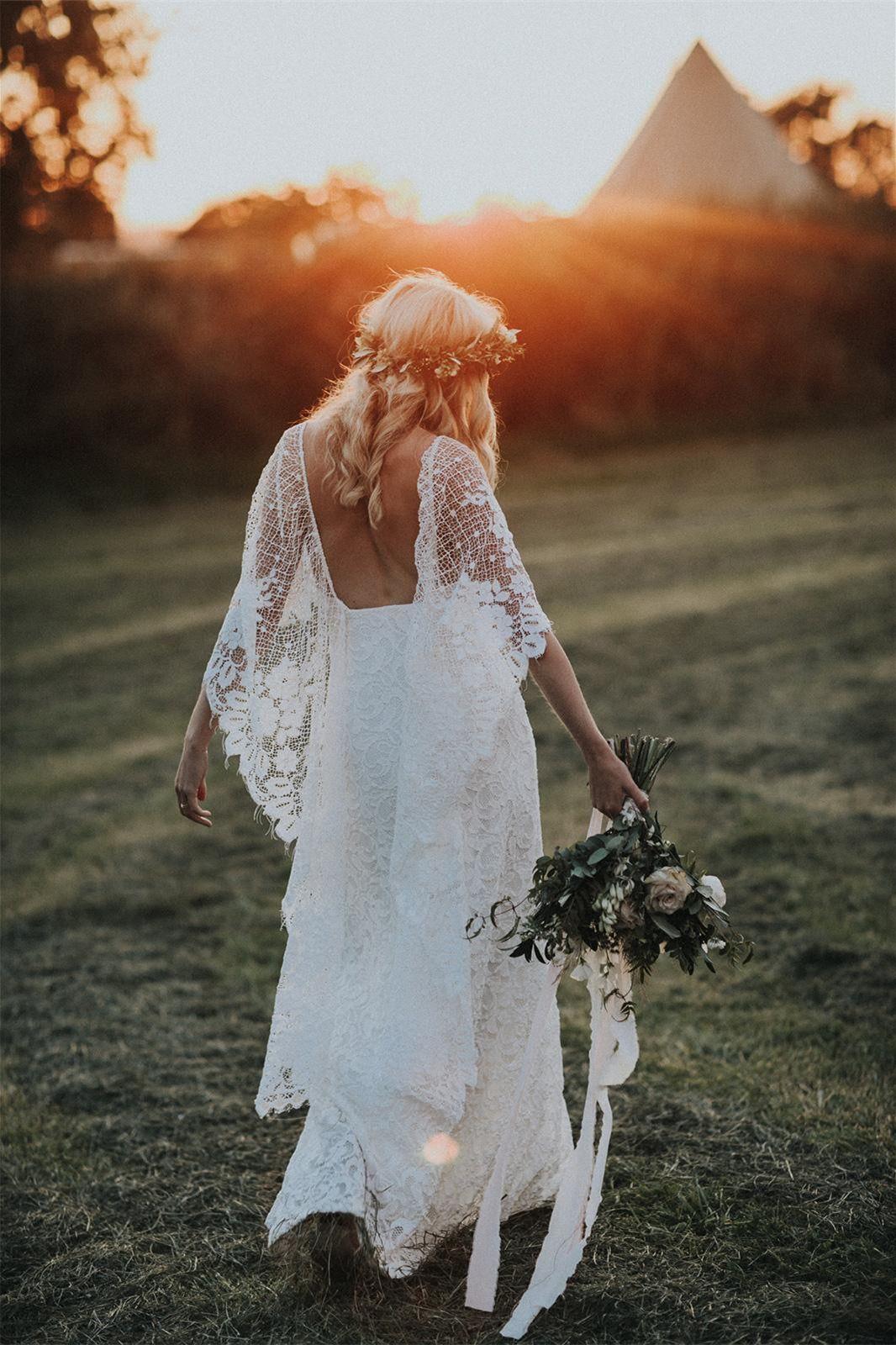 Mantel V-Ausschnitt rückenfrei Wraps Lace Brautkleid mit Split