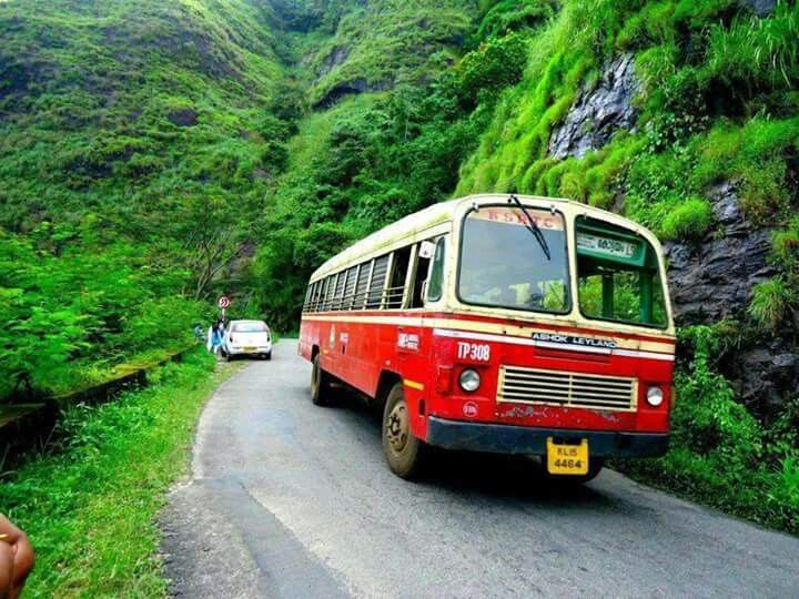 An old ksrtc bus from vagaman ghat | KSRTC bus in 2019 | Kerala