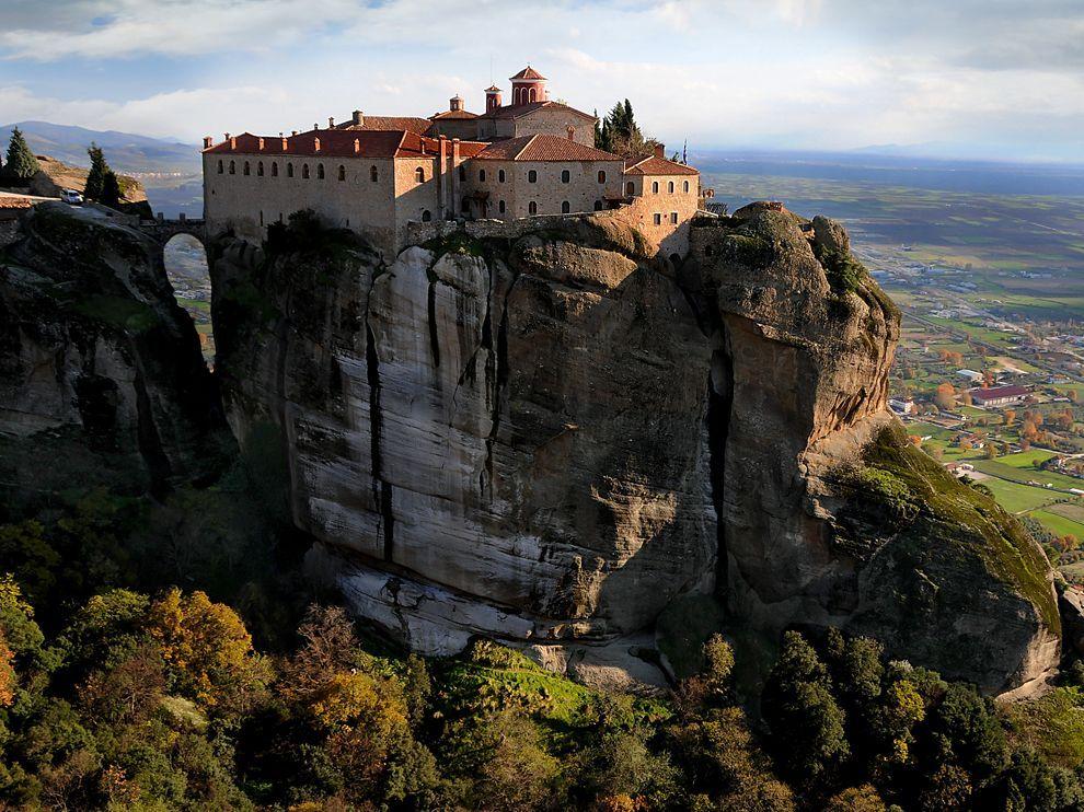 Meteora Mobili ~ Meteora monastery greece travel 365 greece travel travel in
