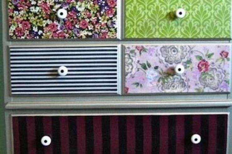 Carta Da Parati Armadio : Decorare un armadio con la carta da parati fai da te cassettiera