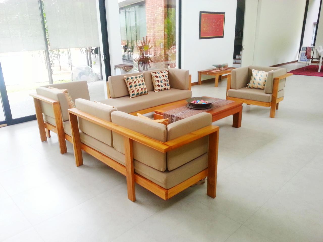 Contemporary Teak Sofa Design