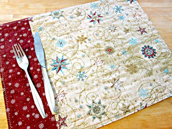 Christmas Placemats Quilted Placemats Gold Placemats Etsy Christmas Placemats Place Mats Quilted Gold Placemats