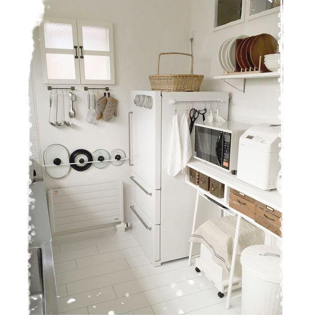 100均グッズでも 冷蔵庫の側面収納がおしゃれで使いやすい 収納