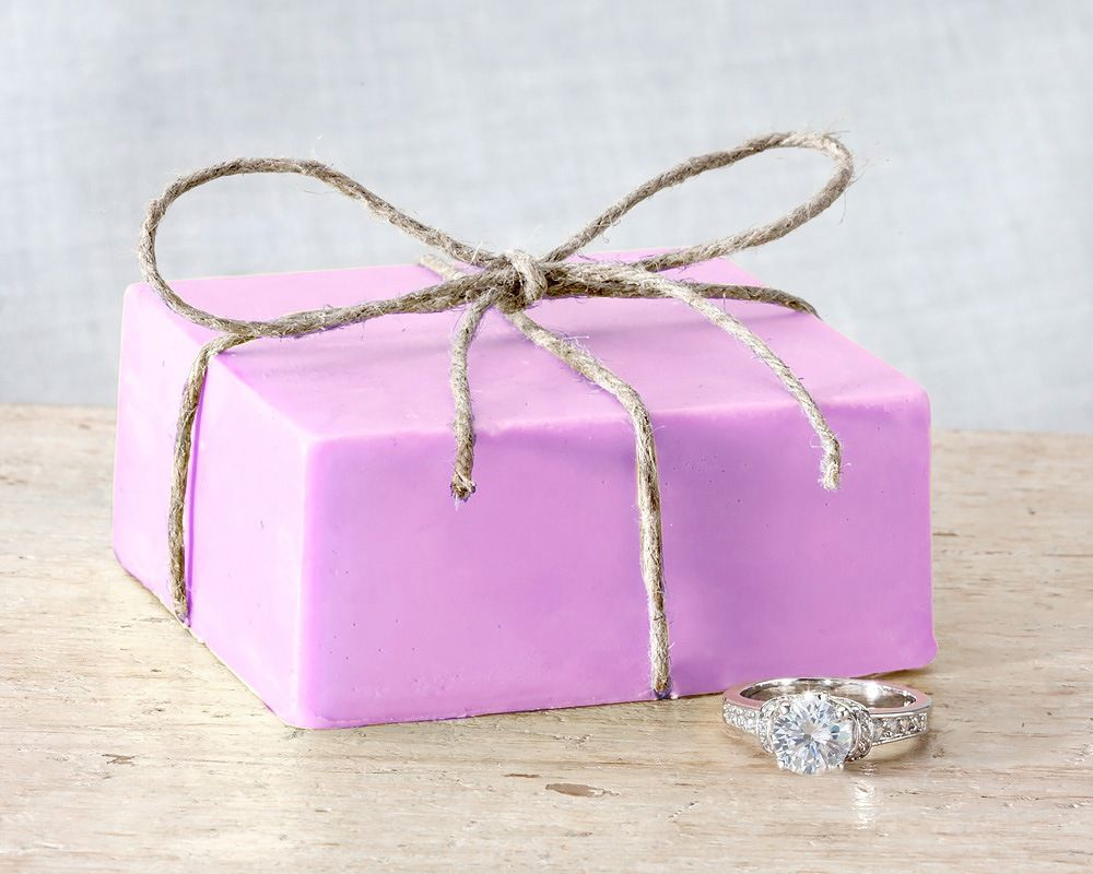 Enjoy the luxurious lather of soothing and relaxing lavender. Find a ...