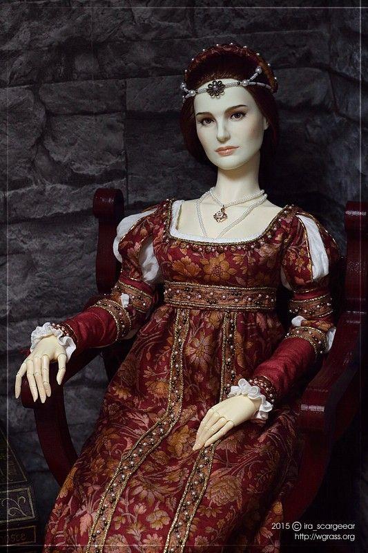 Renaissance-dress-568862376