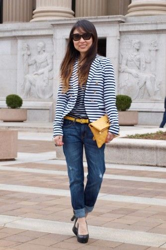 Stripes on stripes! We snapped Linda of NomNomBlingBling at National Archives wearing a striped blazer and top from H, Gap jeans, Stella McCartney sunnies, and Pour La Victoire heels. A sunny mustard Marc Jacobs clutch and J.Crew belt add the perfect pop.