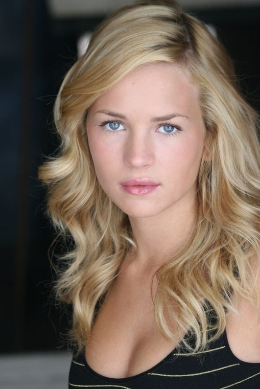 Brittany Robertson is a famous American actress