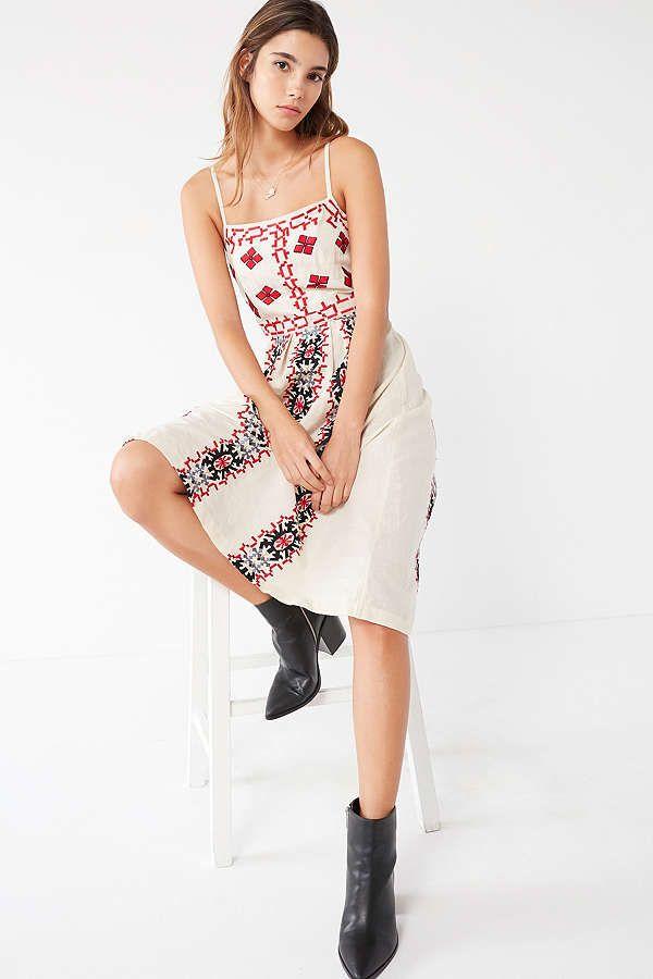 07701d153e1 Ecote Emilia Embroidered Pleated Midi Dress | lovely lady | Pleated ...