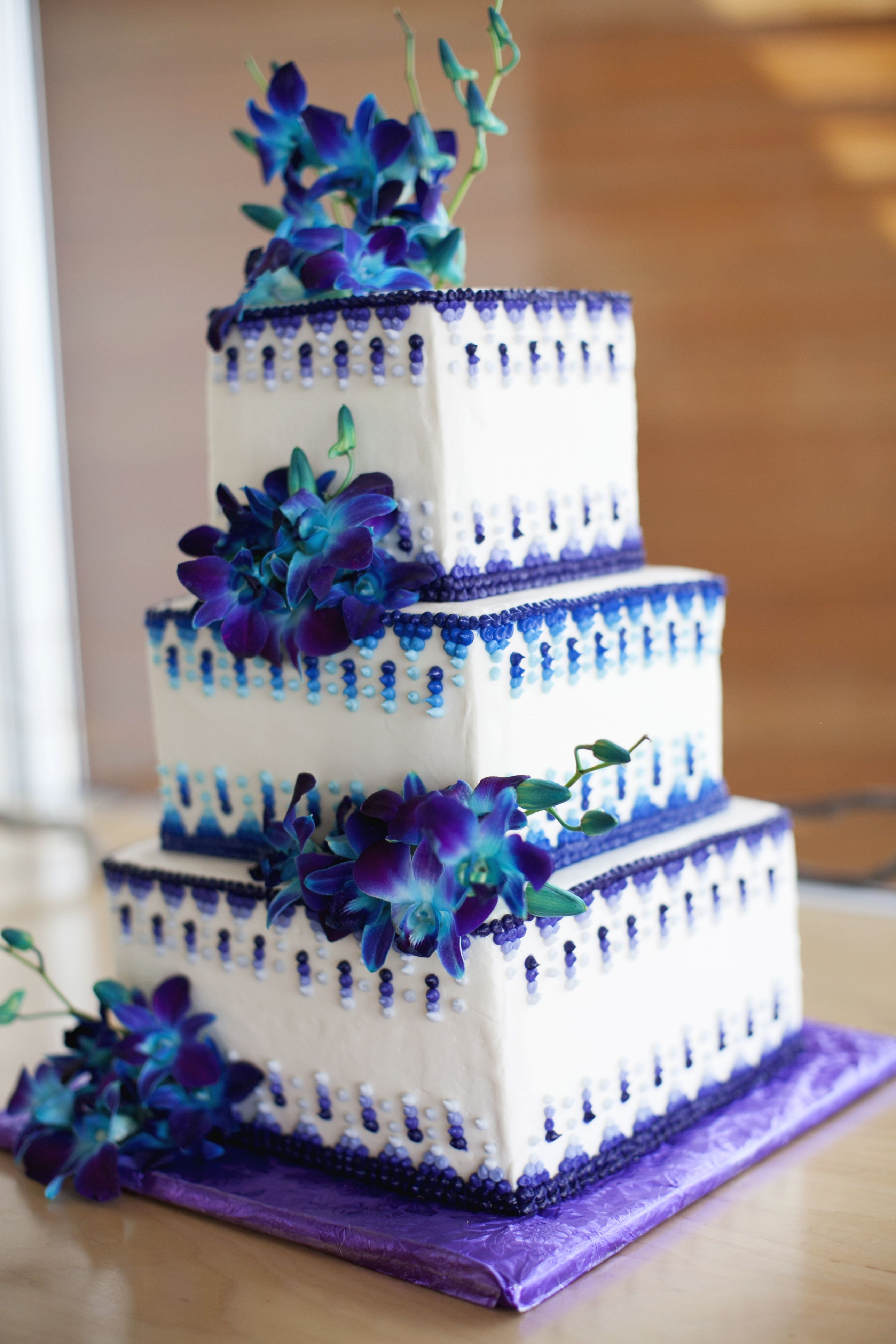 purple & teal wedding cake Yum