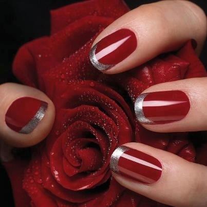 Vermelhas com o contorno prata,um luxo.....curtam....