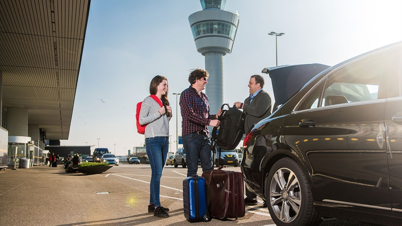 Save Your Time By Using Our Executive Airport Transfer Service