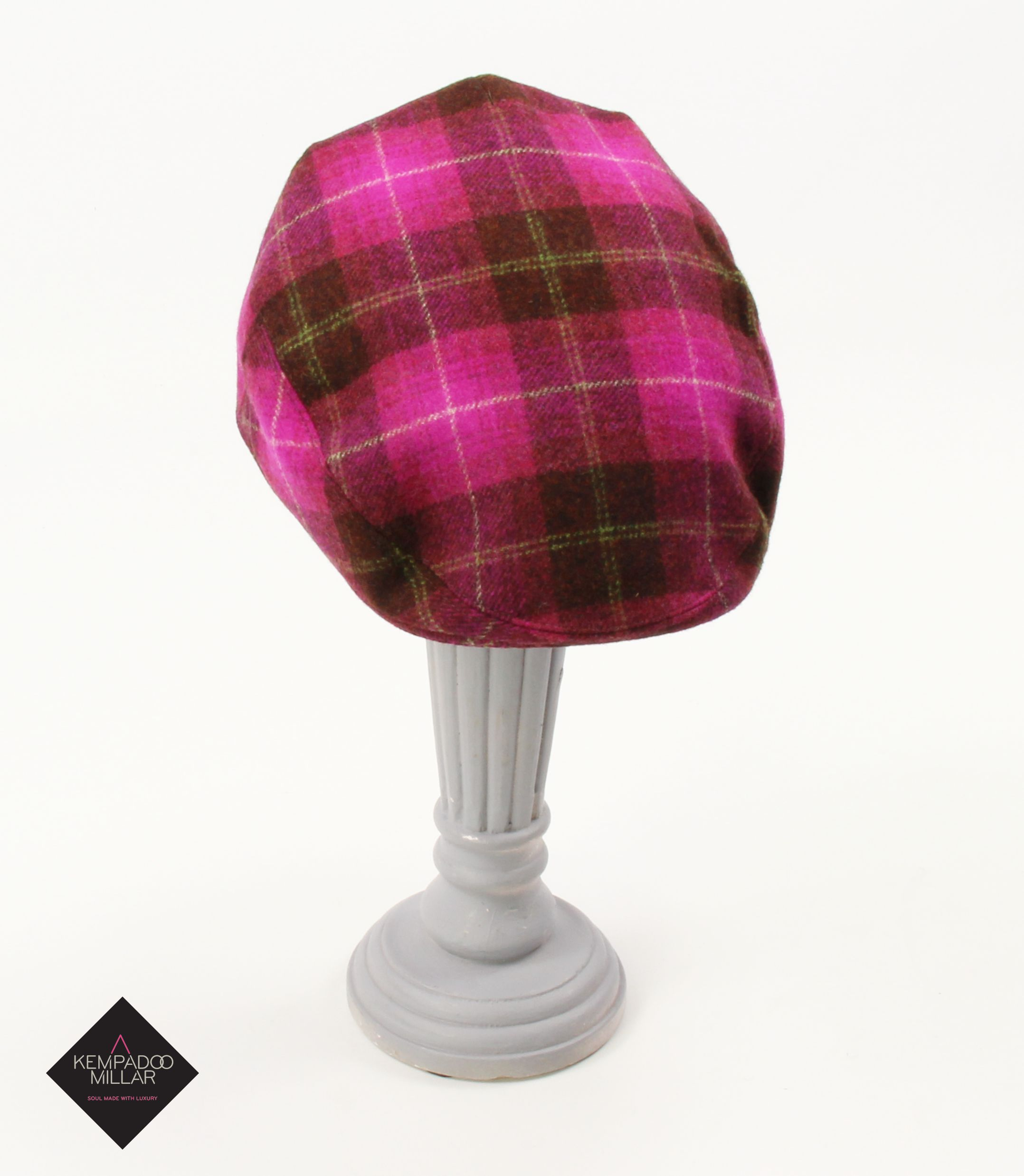 Bright Pink Pure Wool Abraham Moon Tweed. Ladies vibrant flat cap. 100%  manufactured in Yorkshire. a0ef08d0a09