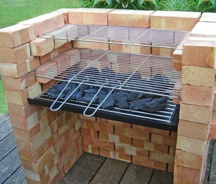 Charmant Barbecue Sur Terrasse #2: Comment Construire Un Barbecue En Brique Sur La Terrasse En Bois