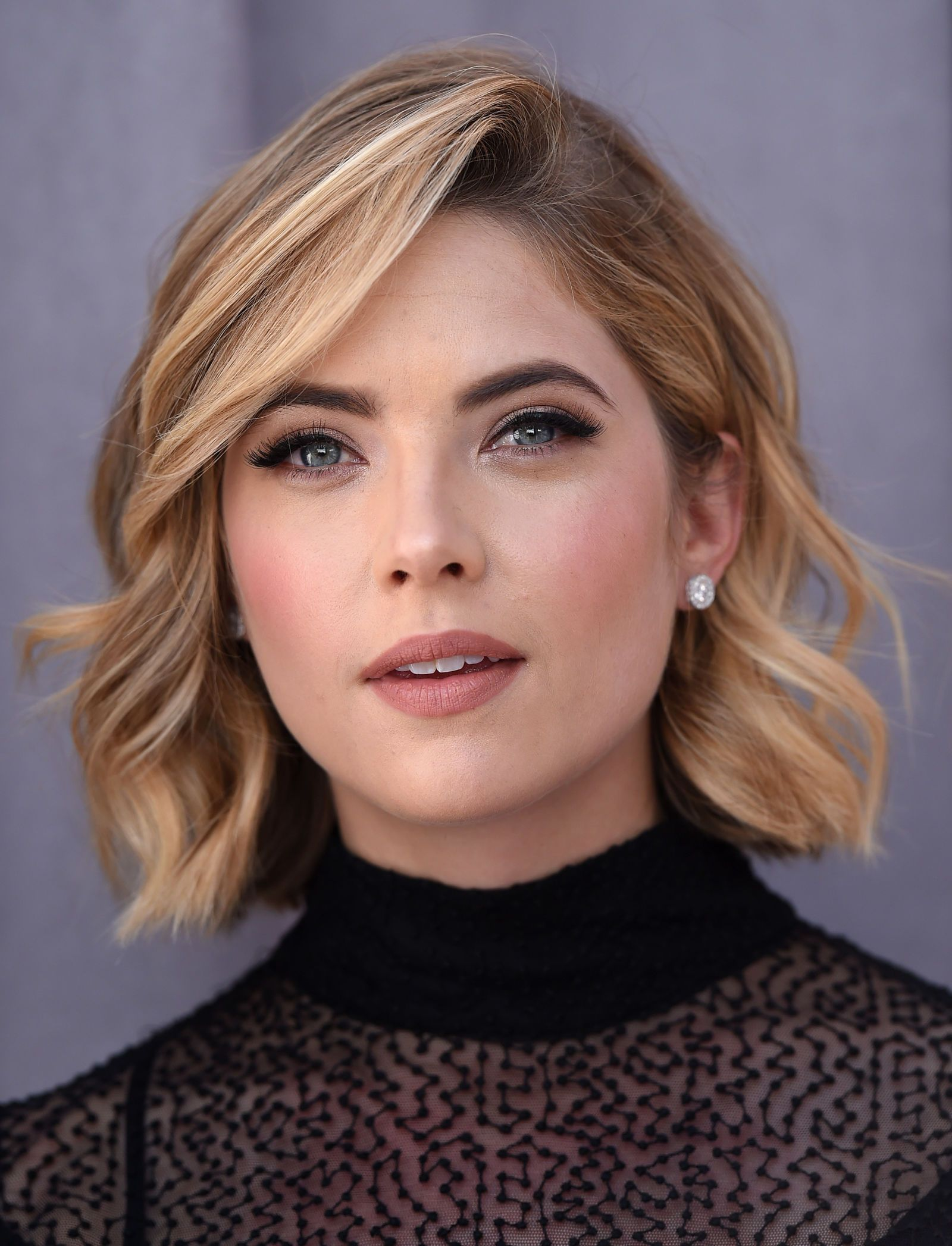 celebrity bobs that arenut your average mom cut ashley benson