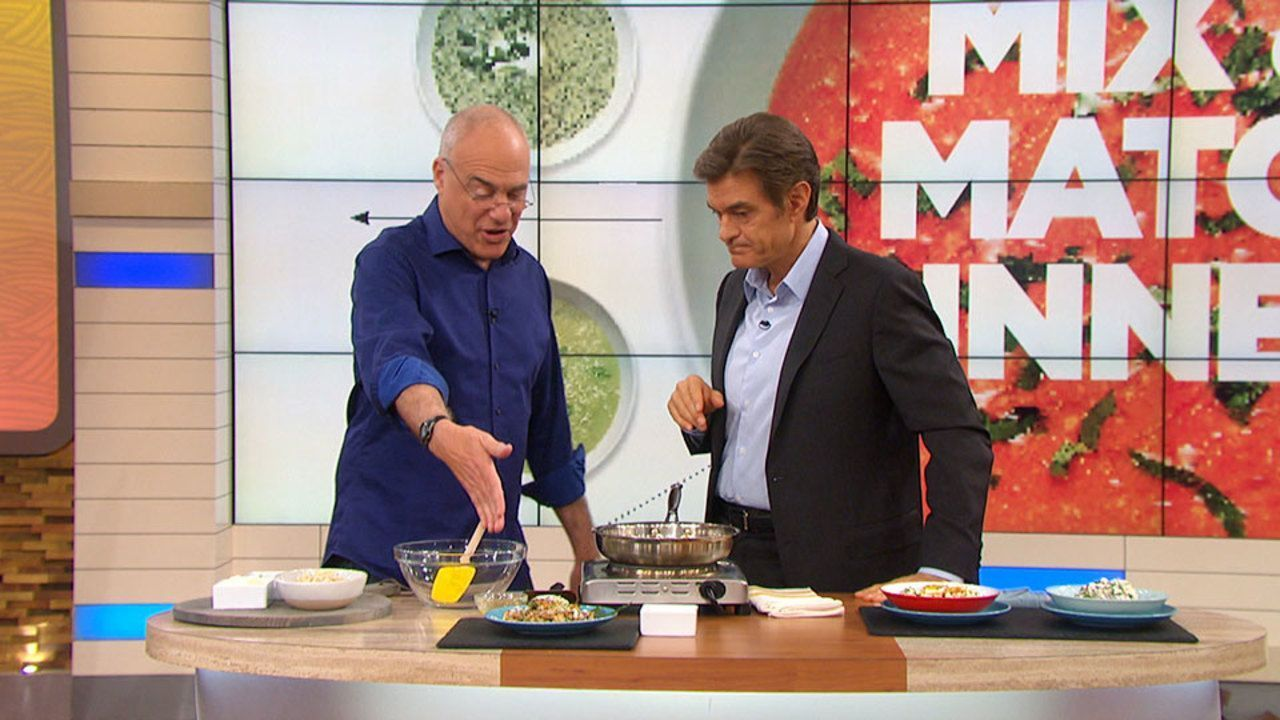 Mark Bittman Makes Mix-and-Match Brown Rice Meals #markbittmanrecipes Mark Bittman Makes Mix-and-Match Brown Rice Meals: Mark Bittman shows Dr. Oz how to spice up the typical boring brown rice with his fun, simple dinner recipes. #markbittmanrecipes Mark Bittman Makes Mix-and-Match Brown Rice Meals #markbittmanrecipes Mark Bittman Makes Mix-and-Match Brown Rice Meals: Mark Bittman shows Dr. Oz how to spice up the typical boring brown rice with his fun, simple dinner recipes. #markbittmanrecipes