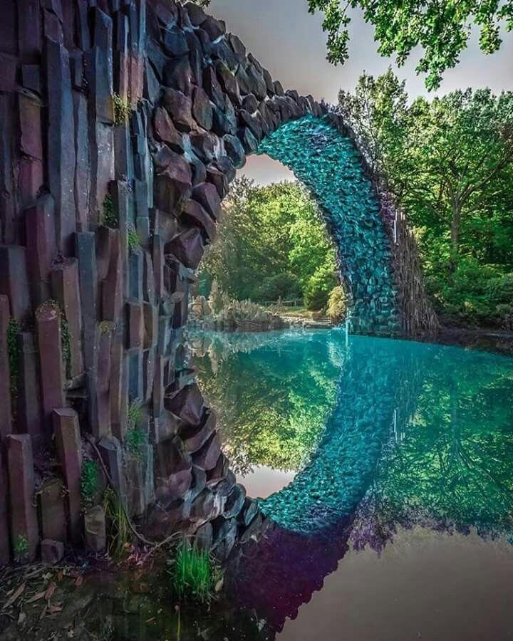 Bridge In Rakotzbrucke Germany Lugares Para Viajar Lugares