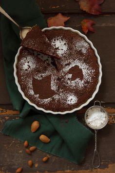 Schoko-Mandelkuchen #glutenfrei I © GUSTO / Theresa Schrems I www.gusto.at
