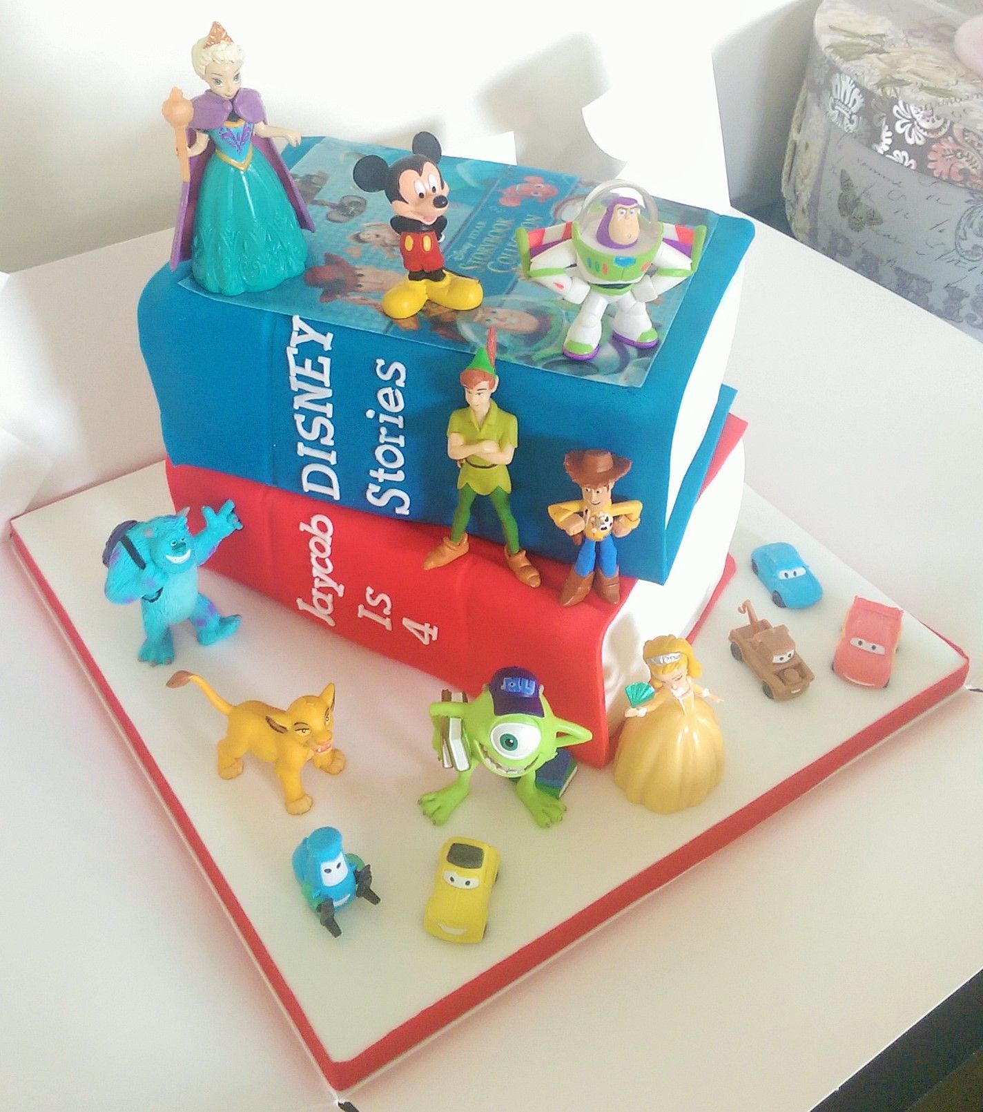 Disney books cake cake disney misc and multiple caracters