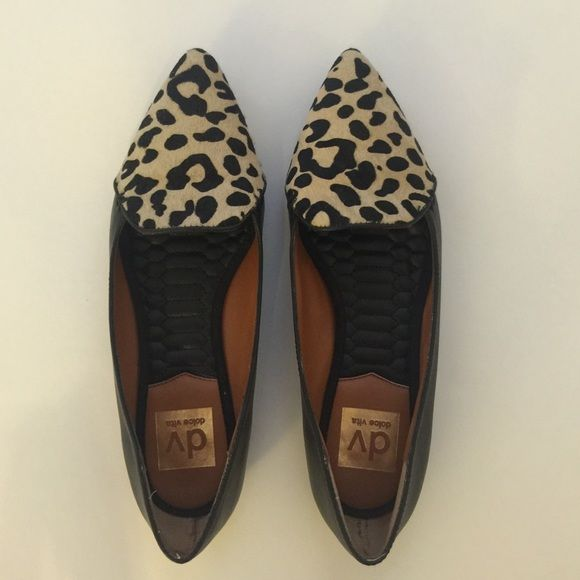 bac7f8d88265 dv by Dolce Vita Leopard Print Flats Size 6. Very good condition. Run  small. DV by Dolce Vita Shoes Flats & Loafers