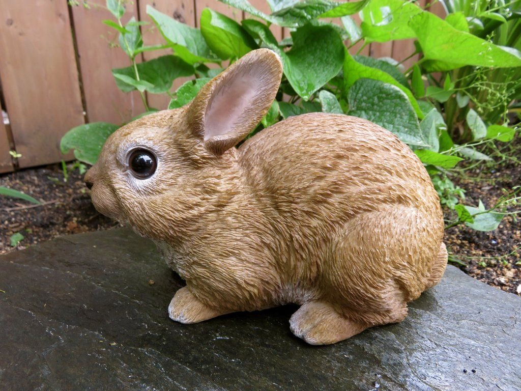 Rabbit Bunny Figurine Cabin Country PetPals Resin Statue Ornament New Bunnies