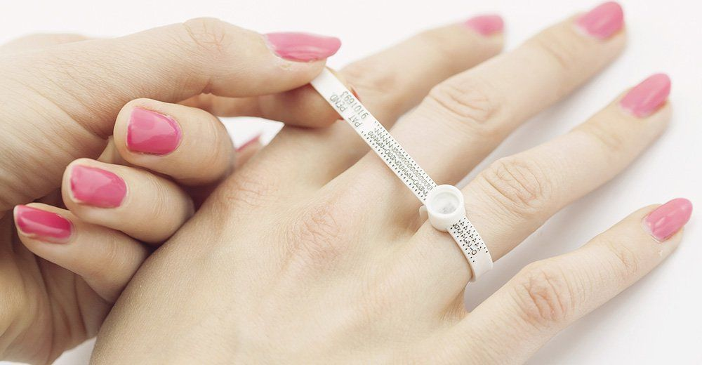 How To Determine And Measure Your Ring Size At Home
