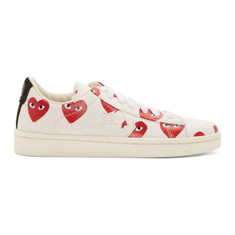 d8bb0f35782a Comme des Garçons Play - White Canvas Signature Heart Print Converse  Edition Sneakers