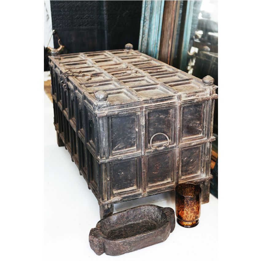 Manyara Home :: Furniture :: Vintage Indian Chest / blanket box