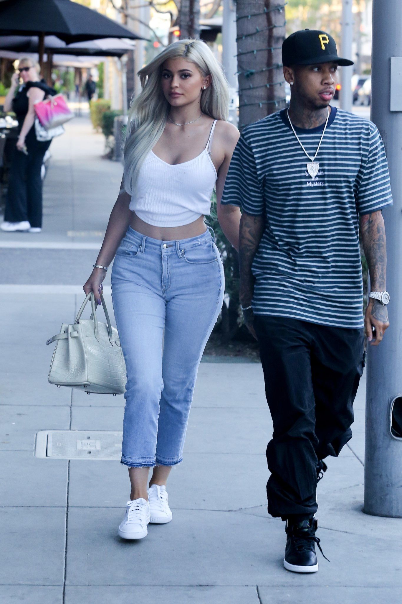 Três looks para copiar da Kylie Jenner! | TROC BLOG