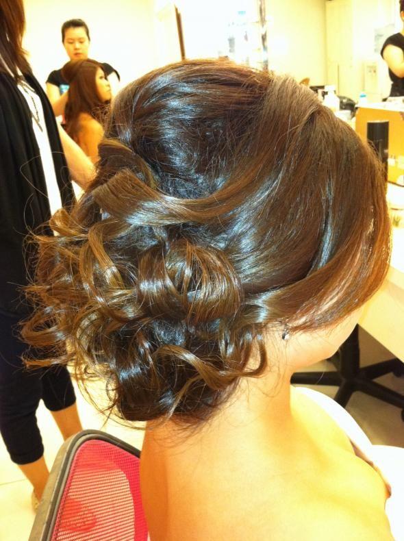 Wedding Curls Inspiration Low Bun Makeup Reception Side Bun - Bun hairstyle for reception