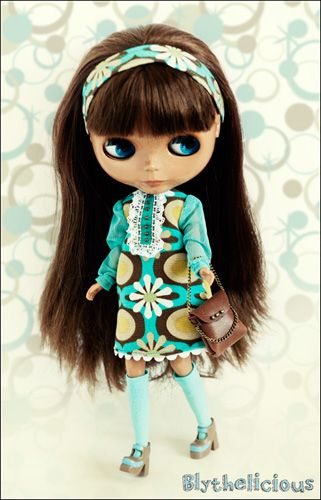 "so glad to introduce you ""Retro damn cute"", the new Blythelicious ..."