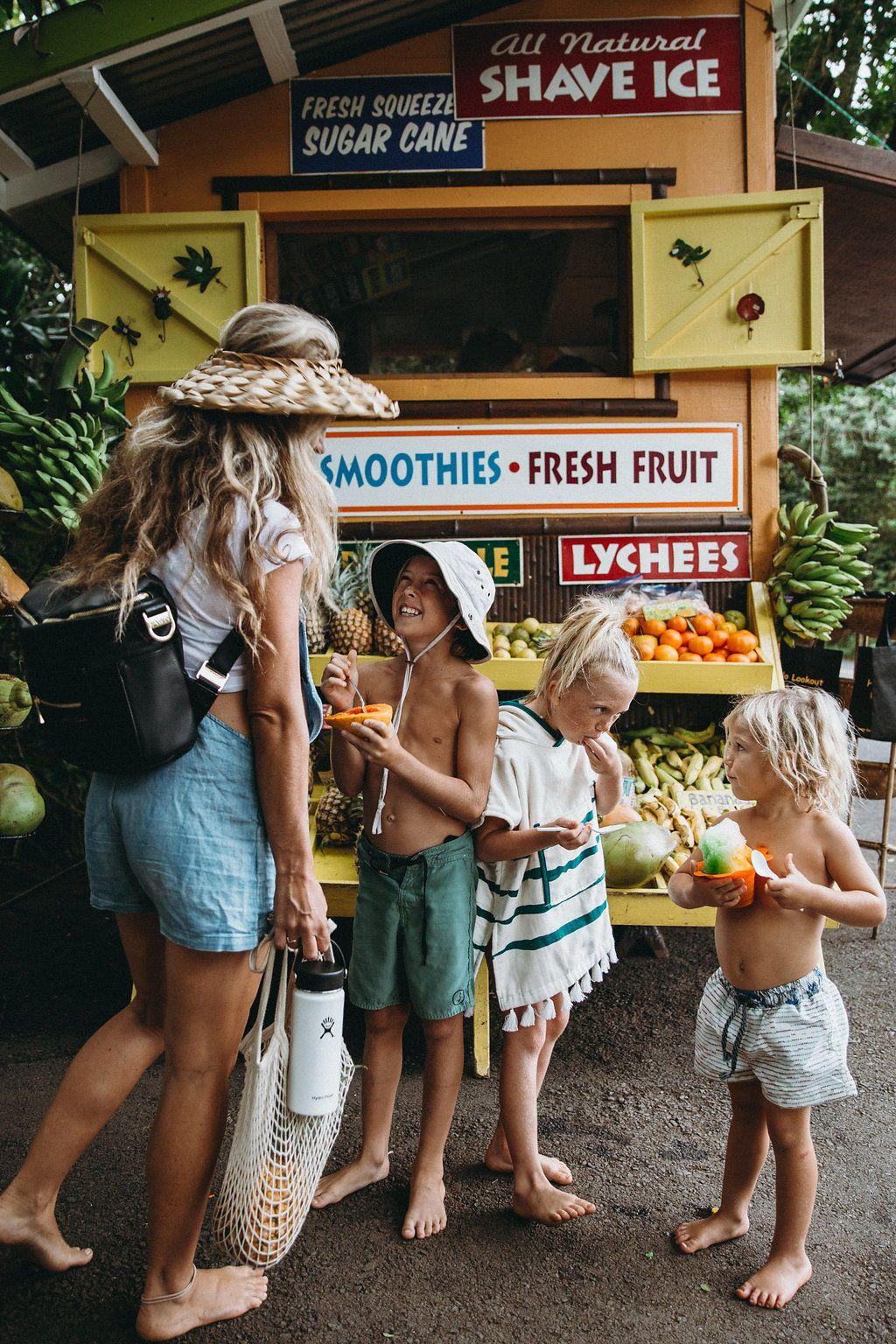 The Mini - Black | Family goals, Cute family, Beach day