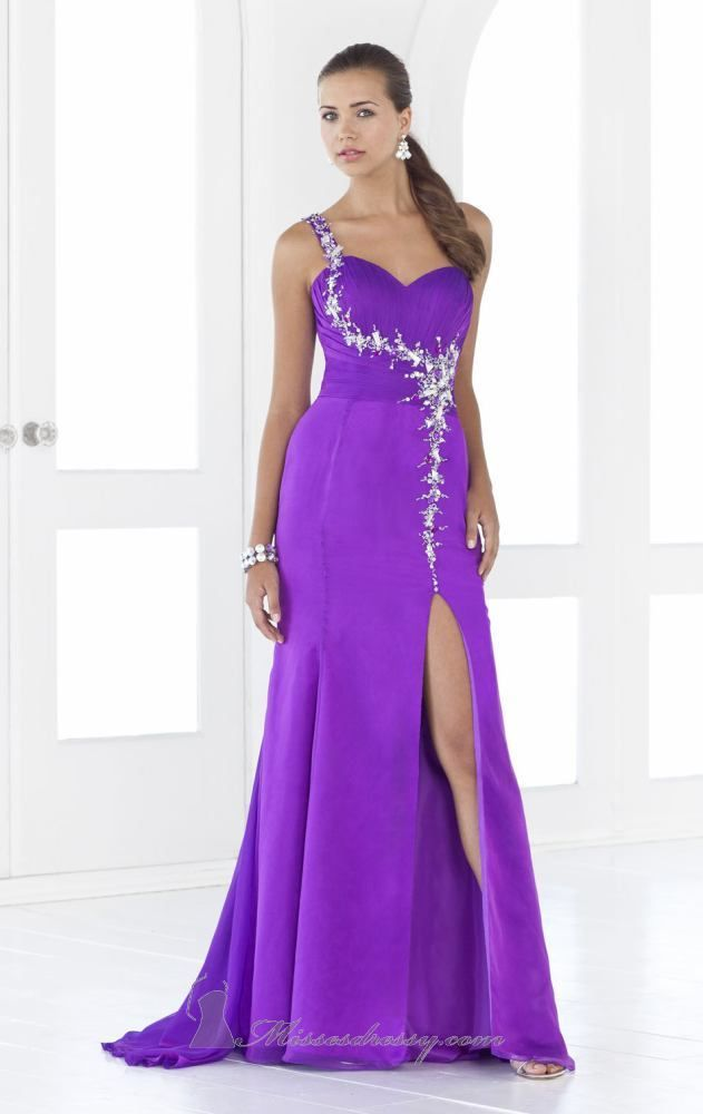 Alexia 9372 | Sparkles and Prom | Pinterest