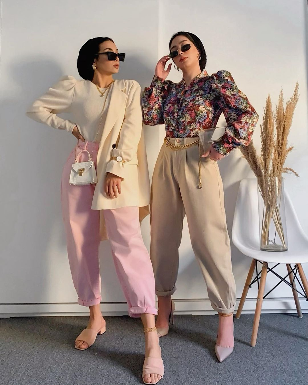 "Photo of KD SISTERS STYLE on Instagram: ""Looking for colorful clothes helps us brighten our days in quarantine 🤍💗 ________________________________________  #kdsistersstyle #sisters…"""