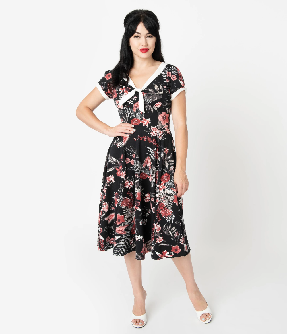 1940s Style Black Red Floral Natalie Swing Dress In 2020 Floral Dresses With Sleeves Unique Dresses Swing Dress