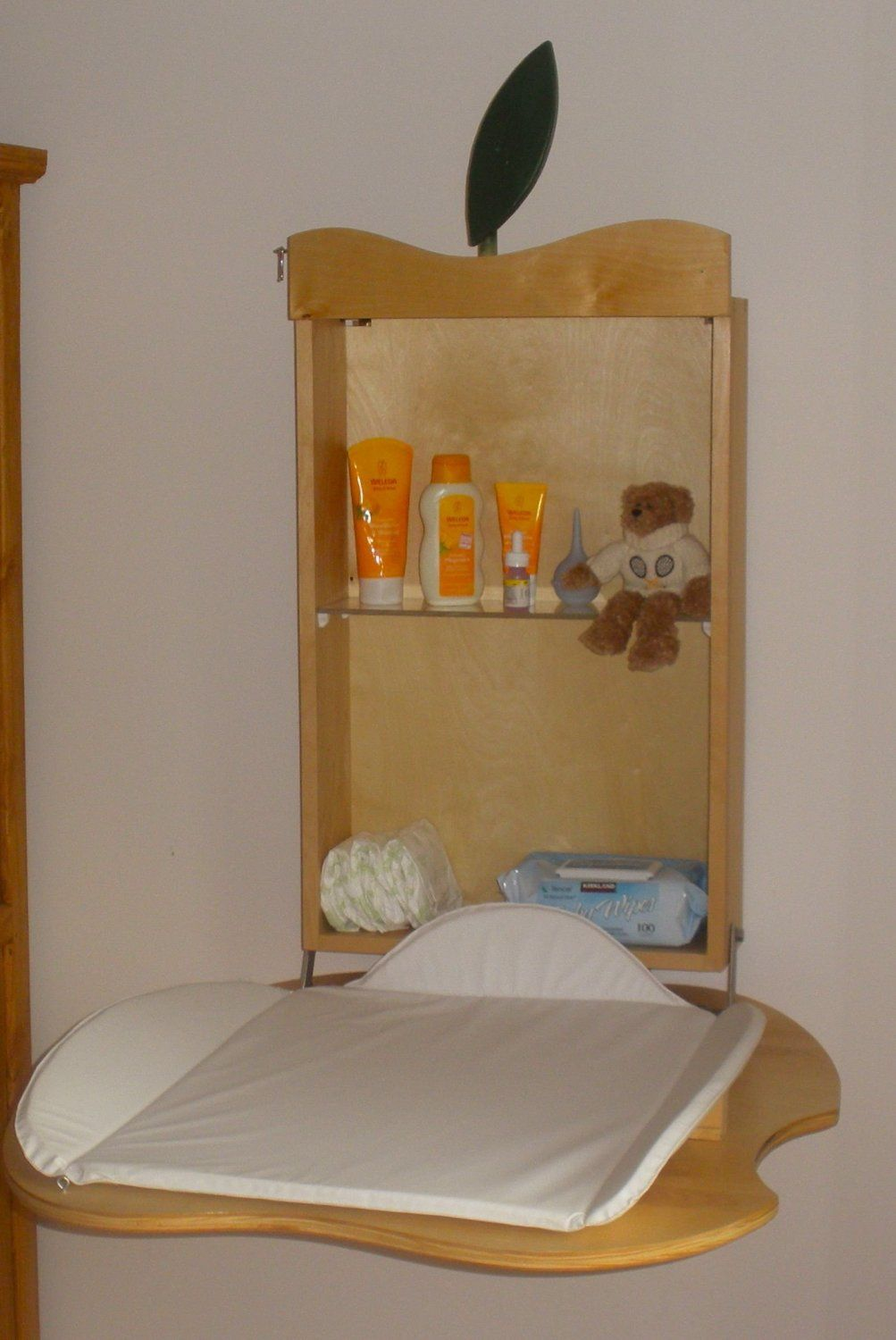 Amazon.com: Fold Down Baby Changing Table Apple Design ...
