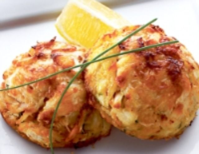 How to make lump crab cakes